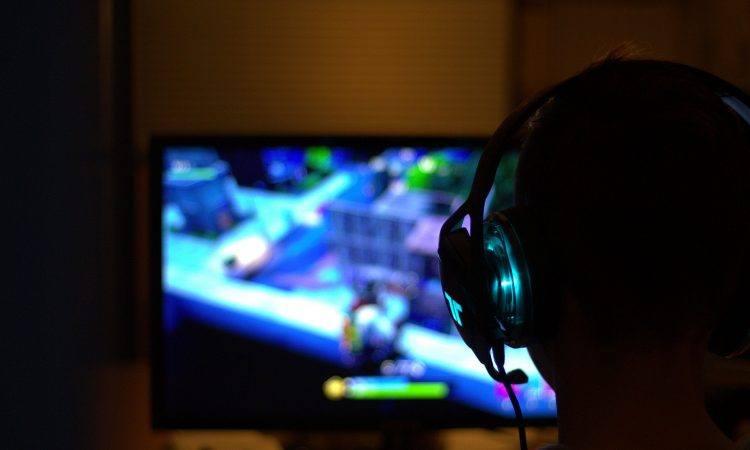 Alienware gaming desktop and laptop coupons & deals